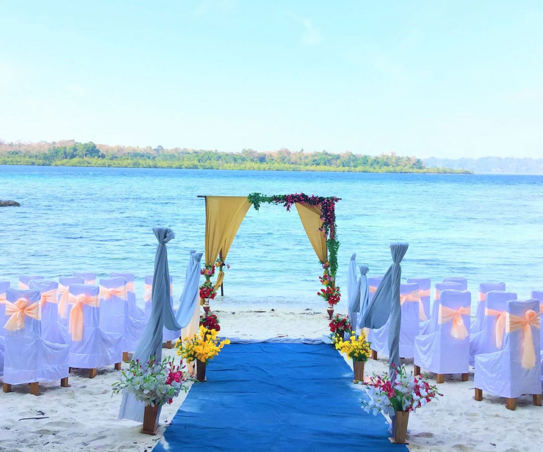 Engagement in Havelock Island Beach